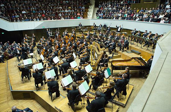 [그림 5] 라이프치히 게반트하우스 오케스트라 © Gert Mothes