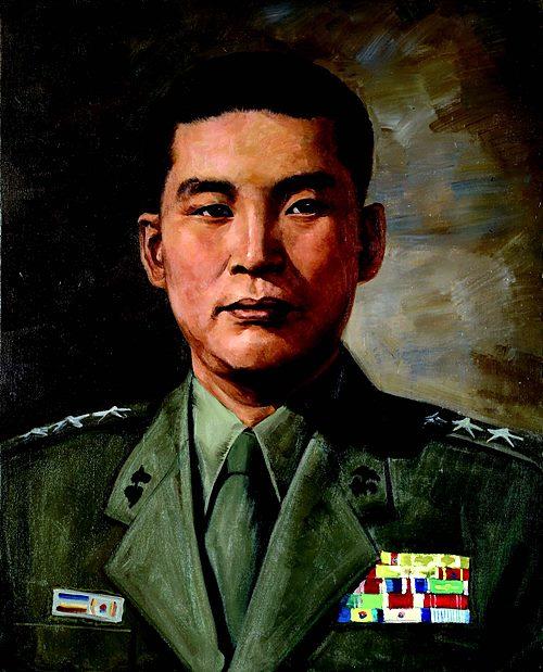 김성은(金聖恩) 해병중장 (1924. 3. 14 ~ 2007 5. 15) /출처 : 전쟁기념관