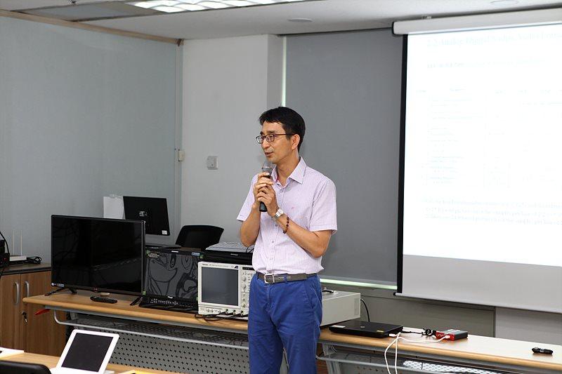 목동 교육장 첫 시작에서 소감을 말하는 박종석 한국방송기술인연합회장