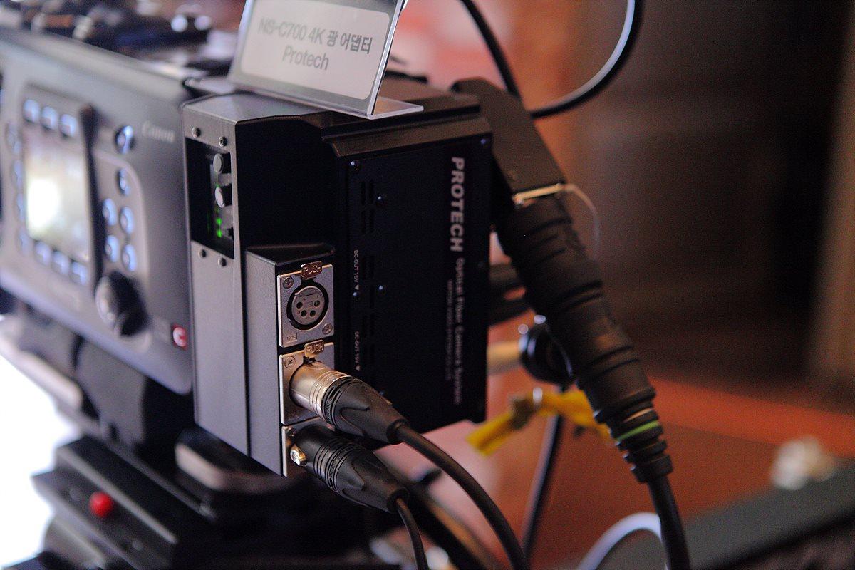 Protech의  4K 광 어댑터