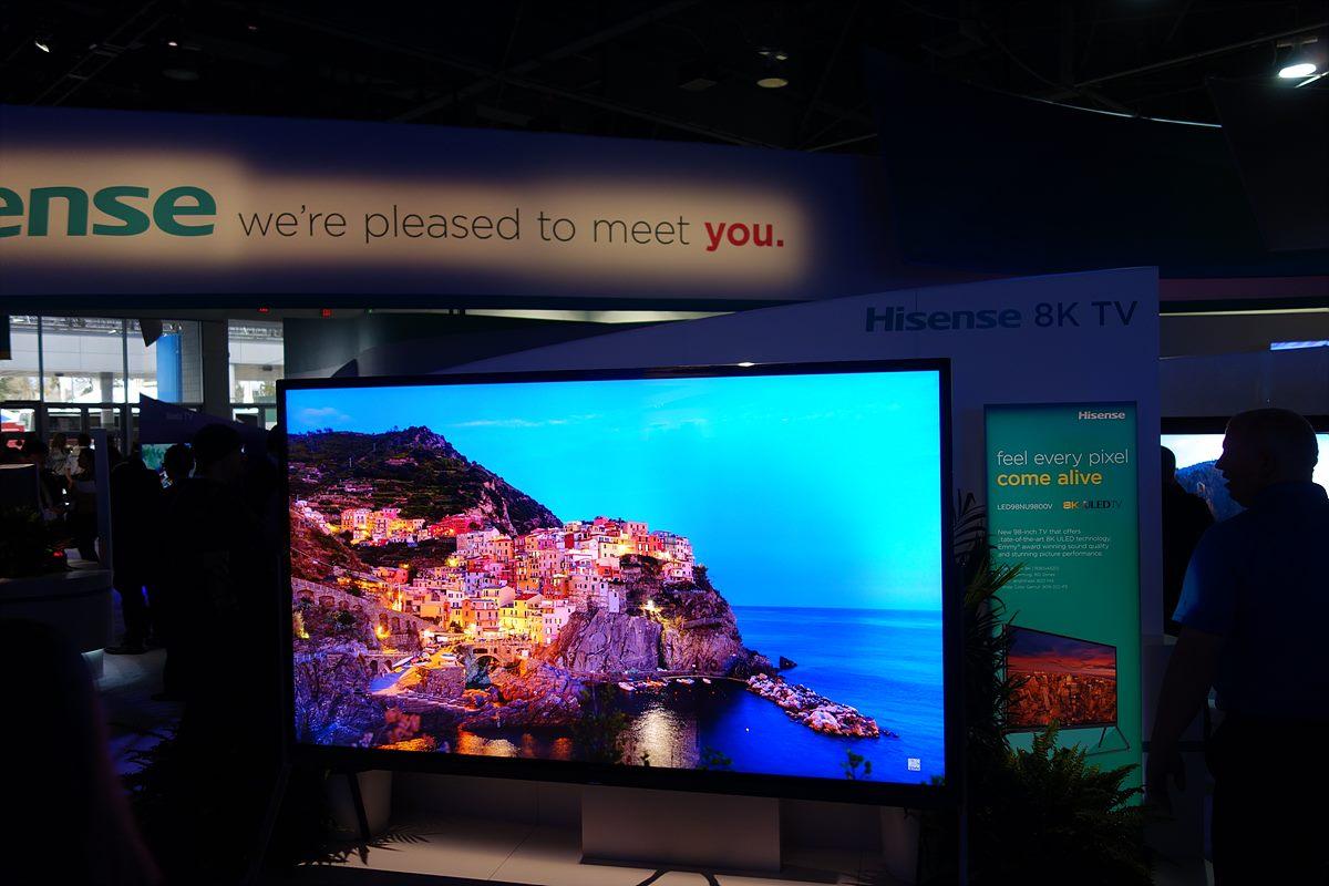 ▲ 4K / 8K TV - LG, 삼성의 4K TV와 중국회사인 창홍, Hisense의 8K TV