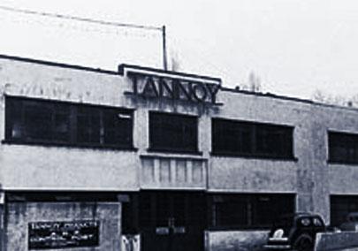 1928년, 회사는 자사의 정류기(탄탈륨 / 납 합금) 제조에 사용 된 재료에서 파생된 'TANNOY'로 이름을 변경합니다.