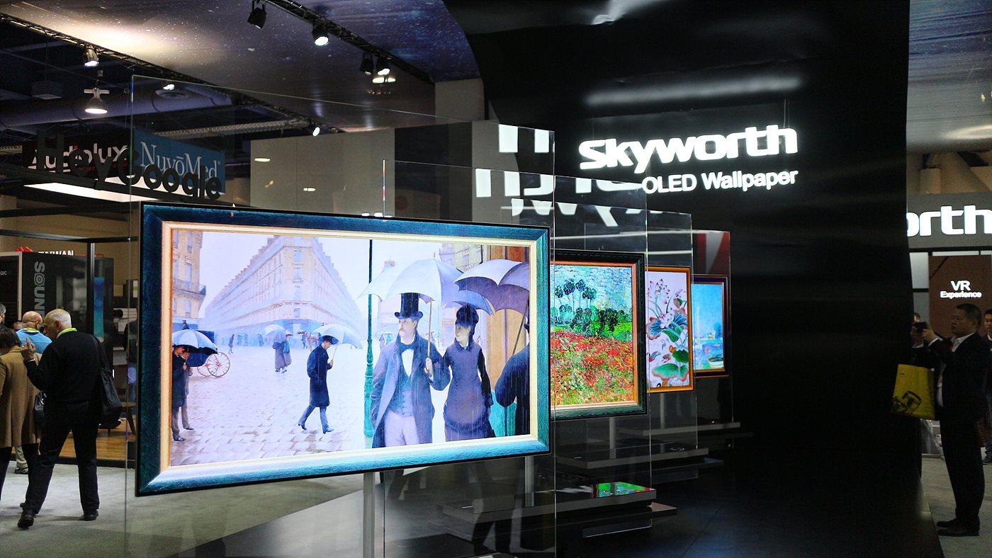 Skyworth는 안드로이드 TV와 OLED 월페이퍼 위주로 전시했다