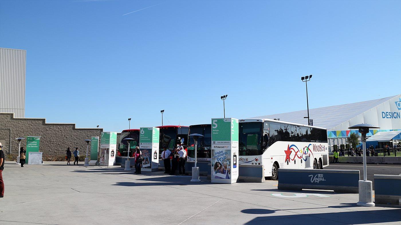 CES의 메인 전시장과 주요 호텔까지는 무료셔틀버스를 통해 편의를 높였으며, 모노레일과 도보를 이용해서도 CES 현장을 방문할 수 있었다.