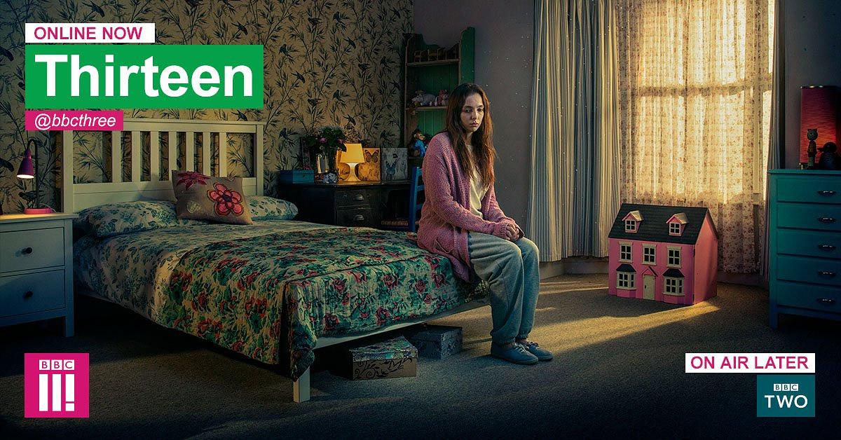 드라마 '13'의 방송 알림 화면. 좌측상단에는 'Online Now'가, 하단에는 'On Air Later - BBC TWO'가 보인다.