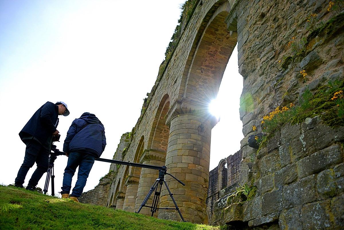 영국, 서양 중세시대 철기 제조를 했던 중세수도원 내부촬영