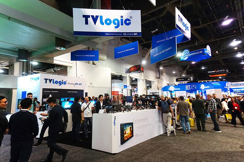 TVLogic 부스