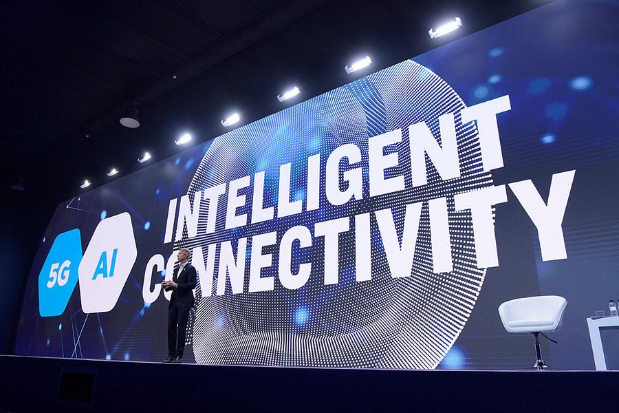 MWC 2019의 메인 주제 중 하나인 5G와 AI