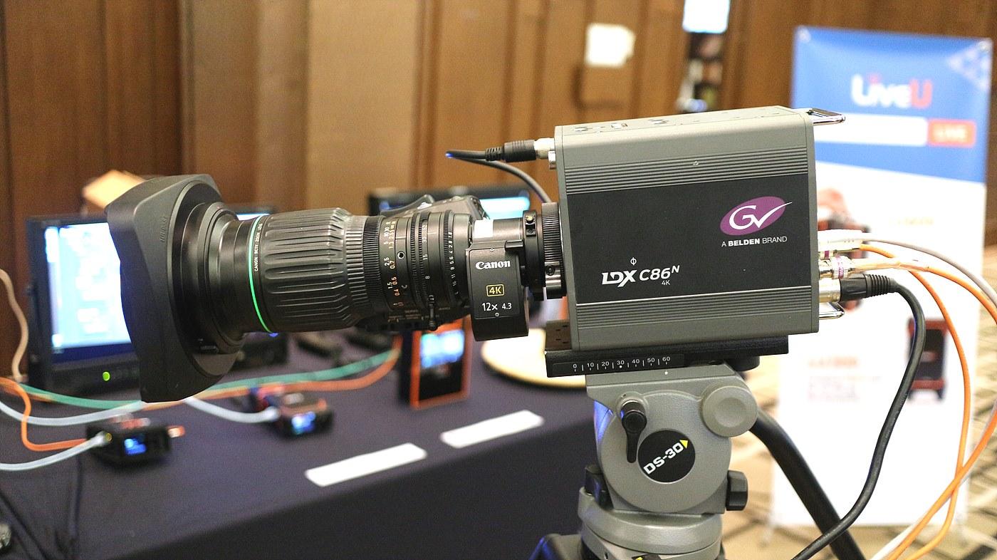 세미나에 사용된 LDX C86N 컴팩트 카메라