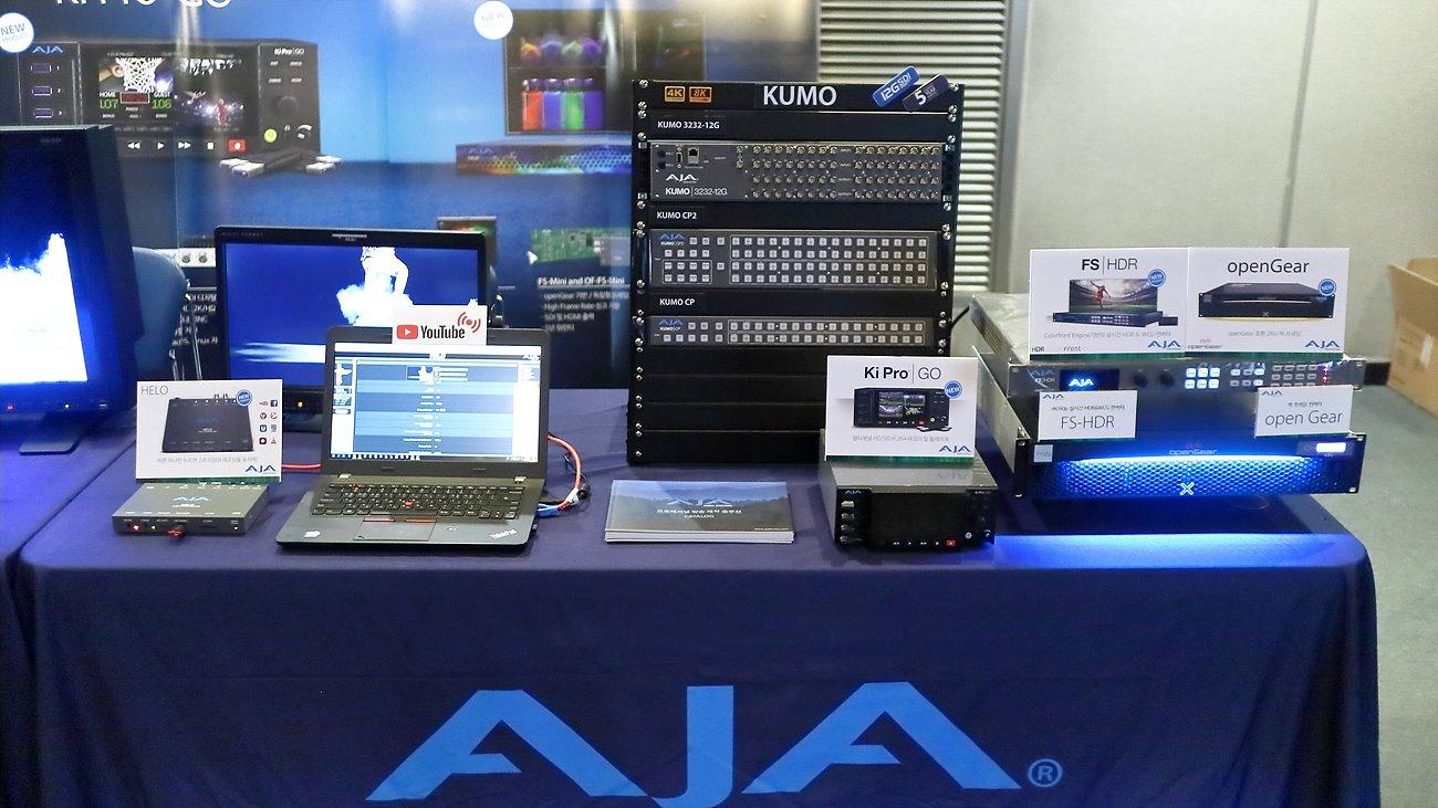 디브이네스트의 AJA 제품 전시, Helo, Ki Pro Ultra Plus, Ki Pro Go, Kona 5, HDR Image Analyzer 등이 전시되었다