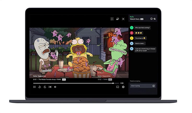 그림 3. 훌루 왓치 플레이(Hulu Watch Play)의 함께 보기 기능 / 출처 : The verge (2020. 7. 1) 재인용