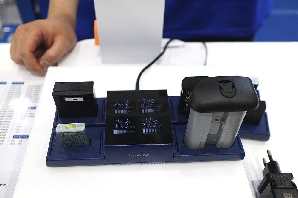 각 구성의 키트 연결로 최대 4포트 충전이 가능하다